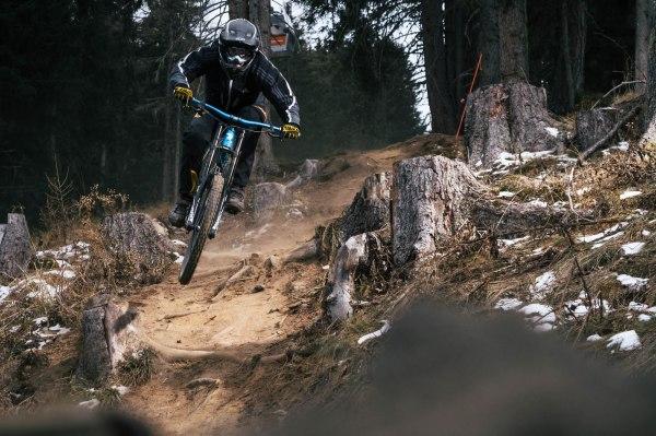 severinwegenerphoto-mtb-downhill-bikepark_innsbruck_muttereralm-timo-bikepark_innsbruck