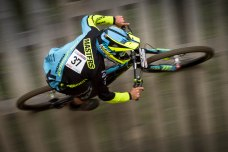 severinwegenerphoto-mtb-uci_downhill_worldcup-leogang-eddie_masters-bergamont