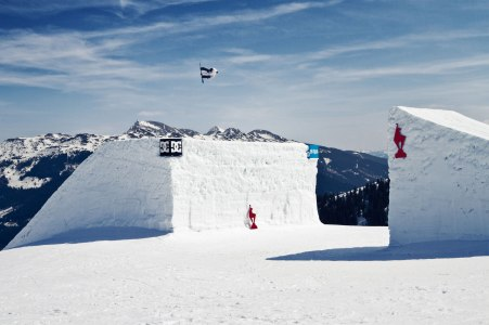 severinwegenerphoto-snow-kitzbühel-vincent-bs5-winter-snowboard