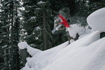 severinwegenerphoto-snow-kuehtai-andi-handdrag-winter-ski