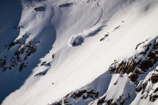 severinwegenerphoto-snow-pitztal-alex-neurohr-powder_line-amplid-katalogue-shoot-photo
